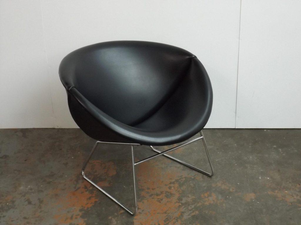 Rohé Orange Slice chair