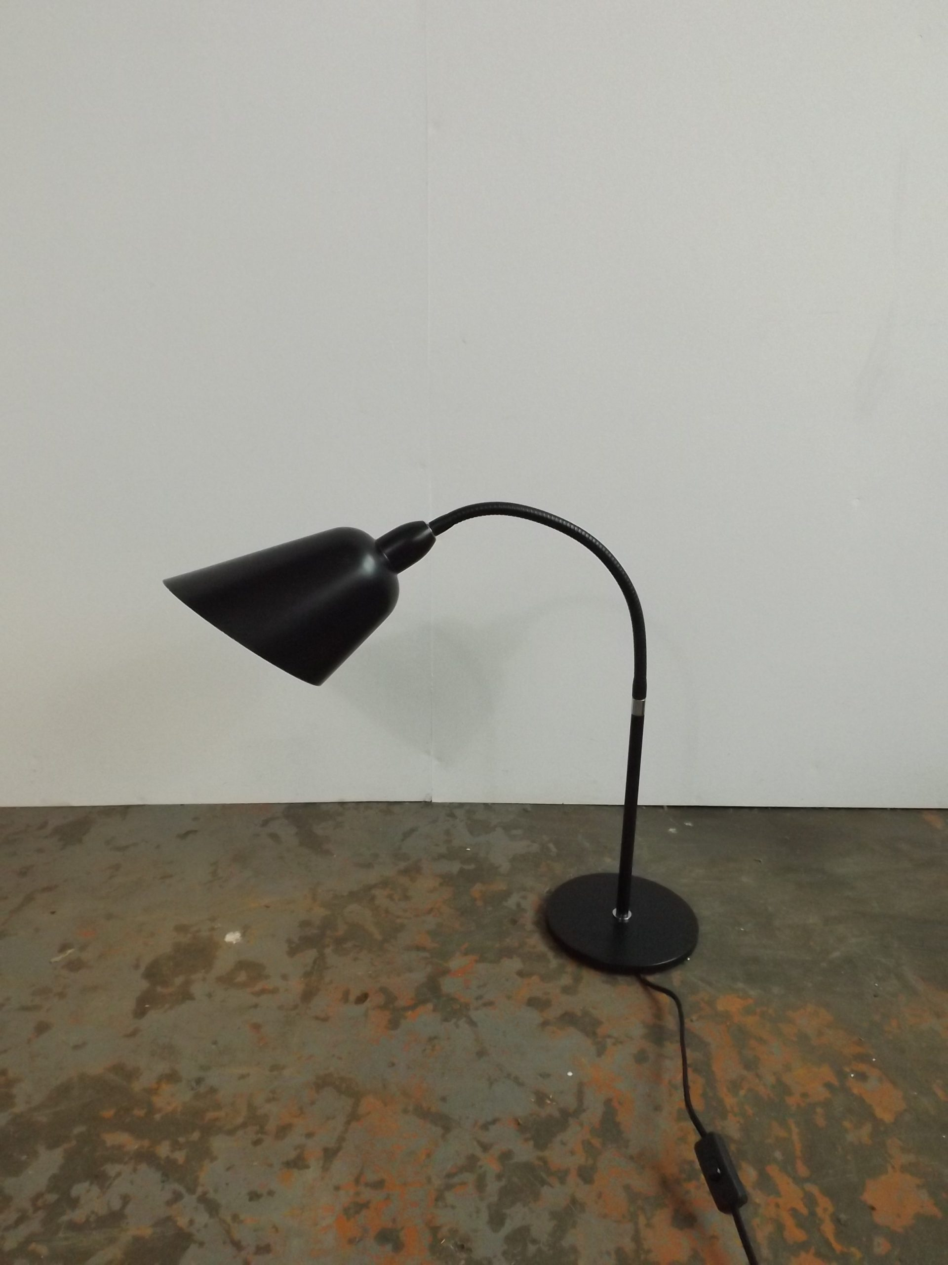 Arne Jacobsen Bellevue desk lamp