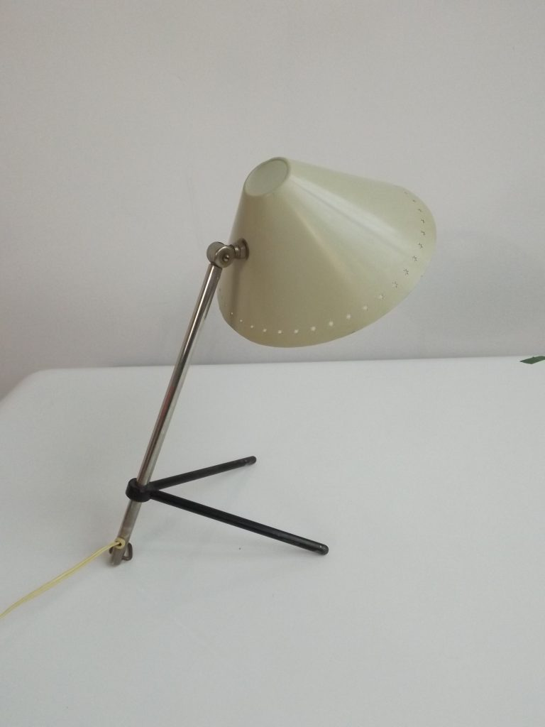 Pinoccio desk lamp