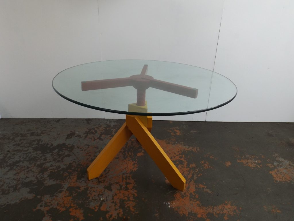 Vidun Table Magistretti