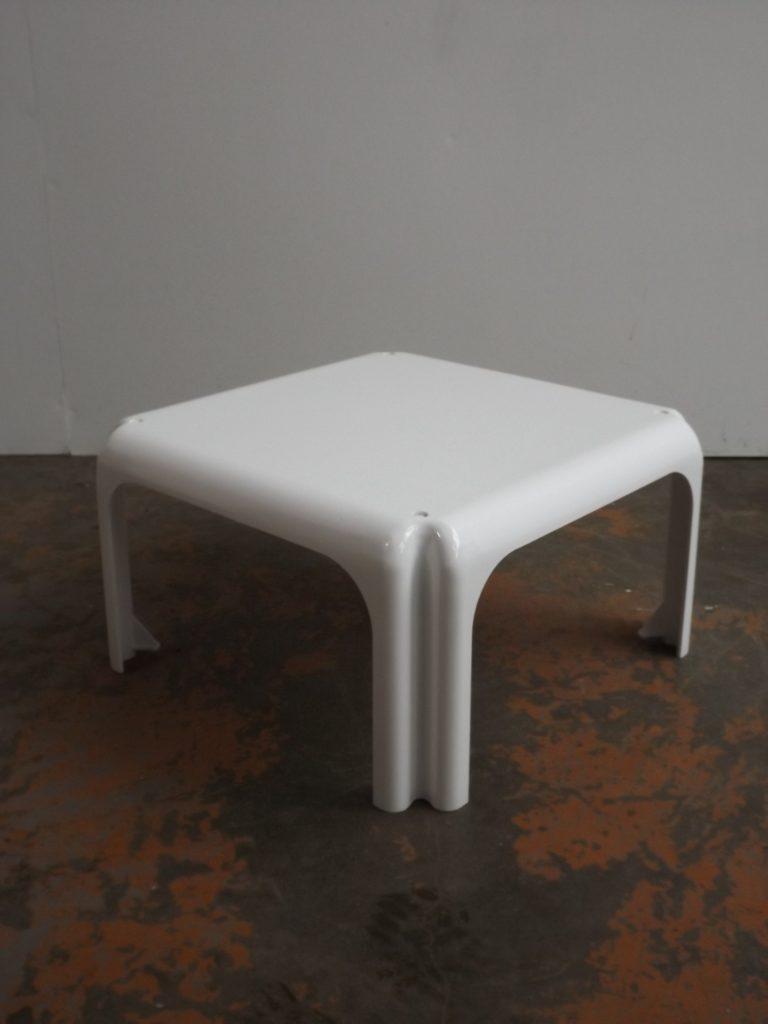 Elena, Artemide, Side table