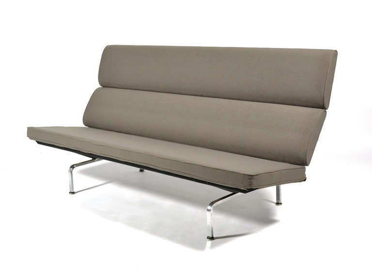 Compact Sofa Eames