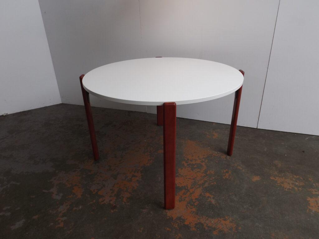 Bruno Rey Table