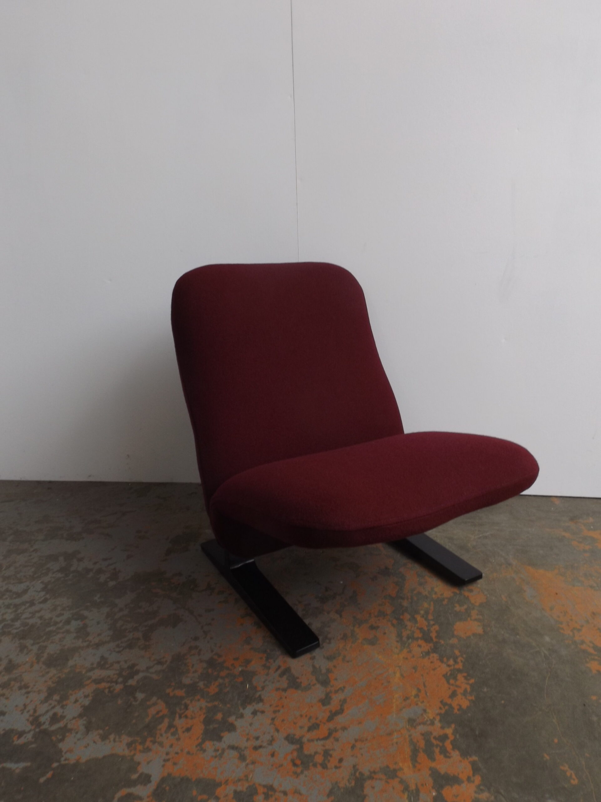 Concorde chair Pierre Paulin